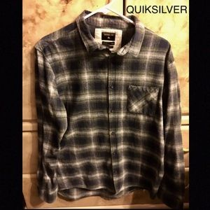 Quiksilver button down shirt L